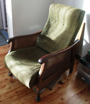 Retro Chair Before Recovery
